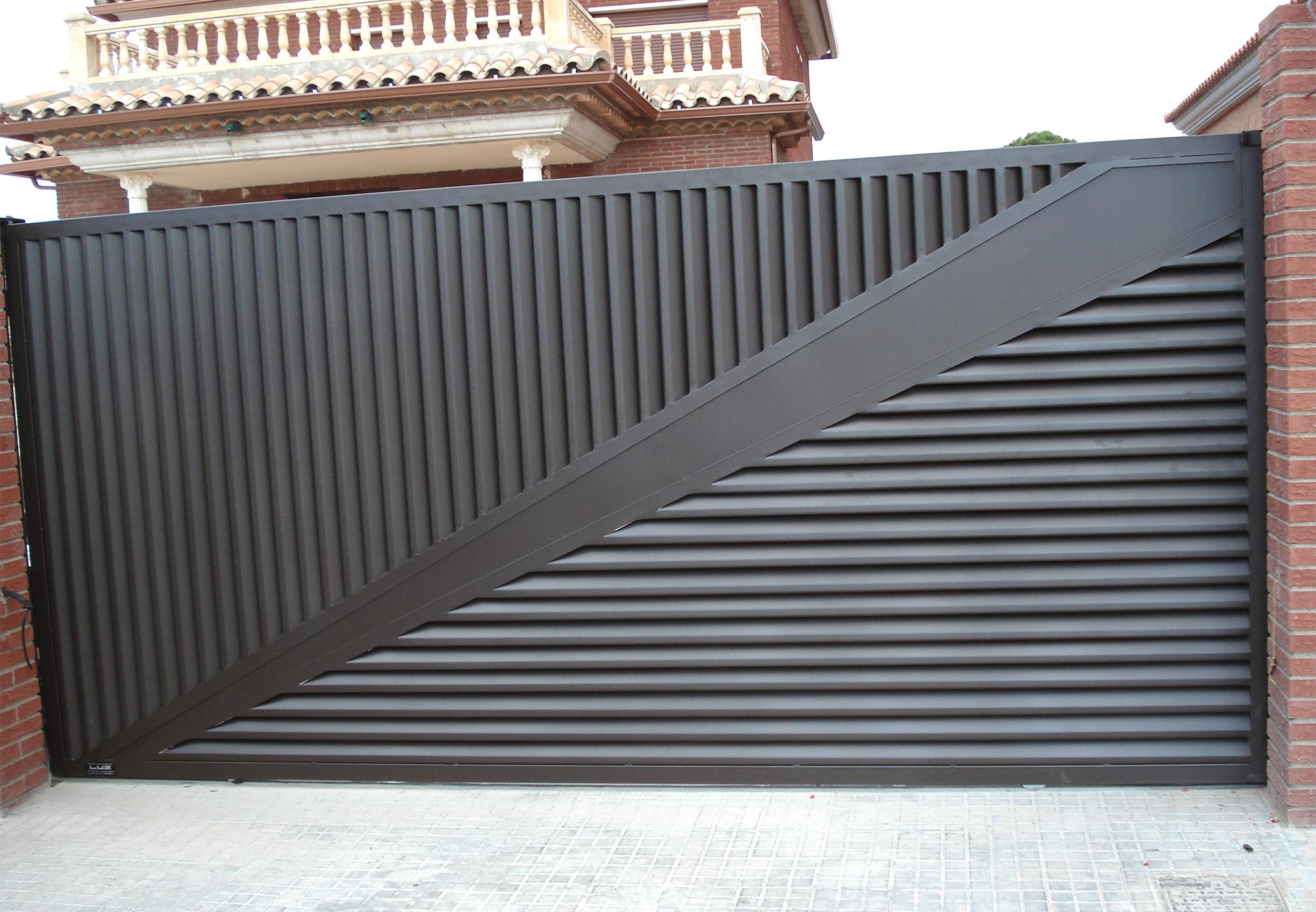 Puertas luz for Puertas venecianas